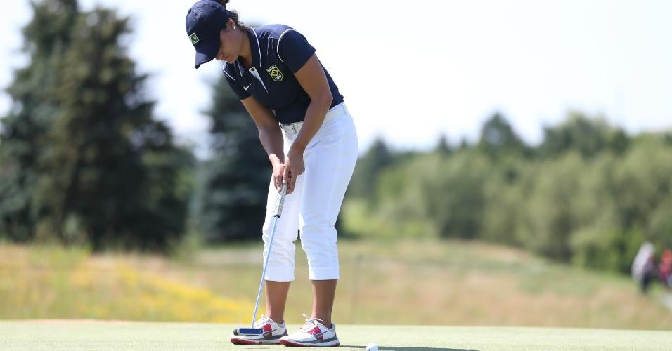 Clara Teixeira durante o round 1 da disputa mista de golfe