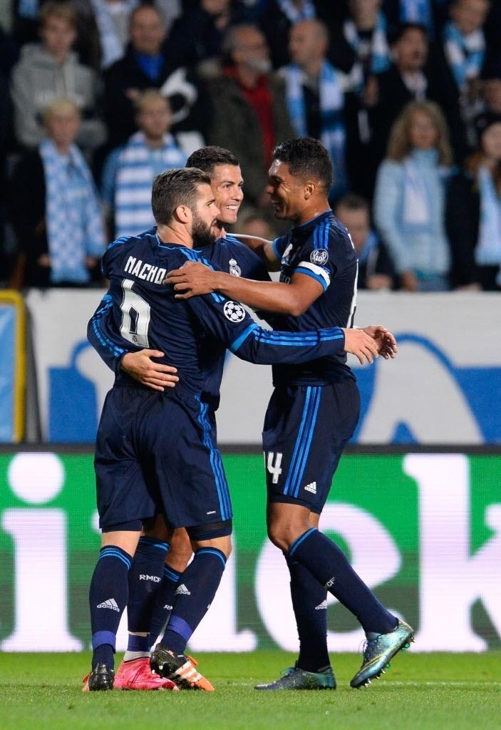 Casemiro comemora o gol de número 500 na carreira de Cristiano Ronaldo no jogo entre Real e Malmo na Liga dos Campeões