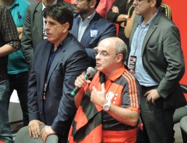 Maurício Gomes de Mattos (e) e Eduardo Bandeira de Mello (d) na última eleição do Fla - Pedro Ivo Almeida/UOL