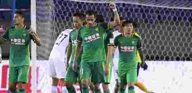 Renato Augusto comemora após marcar para o Beijing Guoan - Divulgação/Assessoria de imprensa