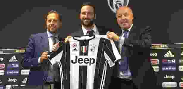 Higuaín foi apresentado oficialmente como jogador da Juventus - Juventus FC/Divulgação