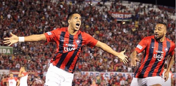 Cecilio Dominguez é avaliado pelo Grêmio para disputa da Libertadores - Instagram/Cerro Porteno