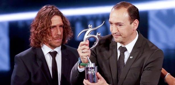 Juan Carlos da la Cruz, presidente do Atlético Nacional, recebeu o prêmio na Suíça