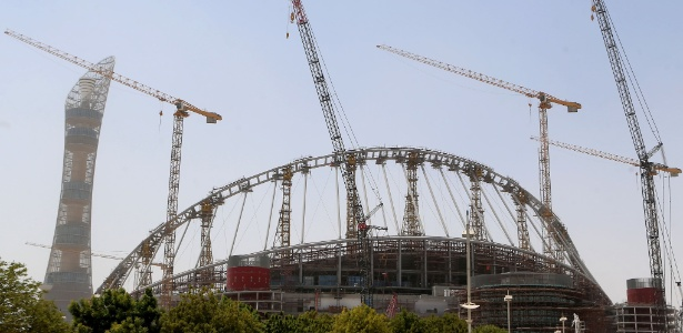Foto de 17 de agosto de 2016 mostra as obras no estádio Khalifa International