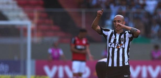 Lateral comentou que vê time do Atlético-MG mais equilibrado para a nova temporada