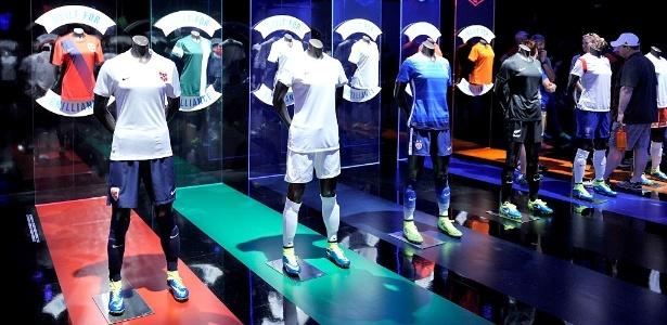 dd63c17c2d Os verdadeiros motivos que fazem as camisas de futebol serem tão caras