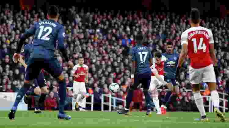 Xhaka coloca veneno na bola e abre o placar para o Arsenal - Reuters/John Sibley - Reuters/John Sibley