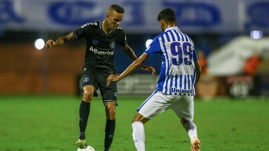 d56696dd5c86e Grêmio: Luan volta a sair jogando, mas não mostra evolução e segue ...