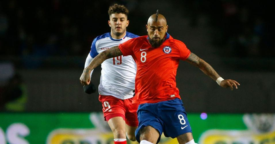 Vidal, durante partida do Chile