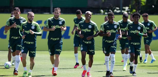 Elenco do Palmeiras testa negativo para covid-19 e é liberado para final