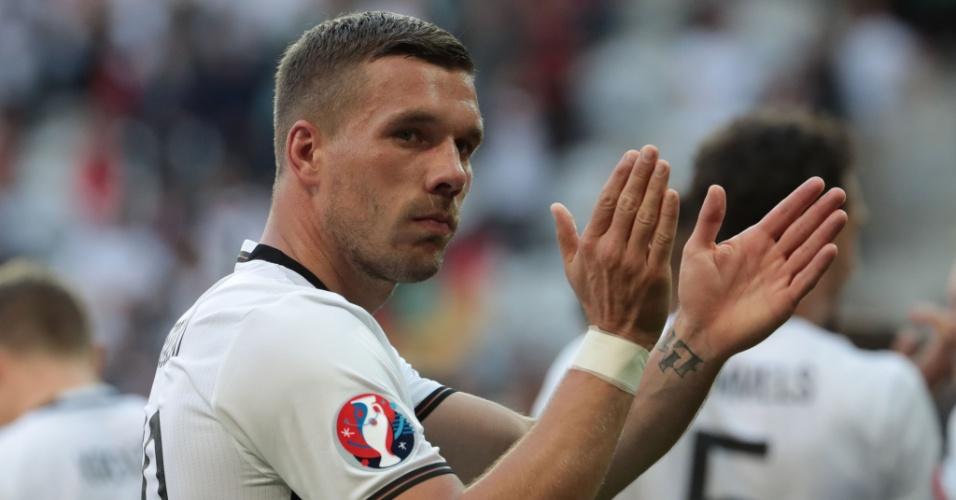 Podolski em jogo contra a Eslováquia pela Eurocopa