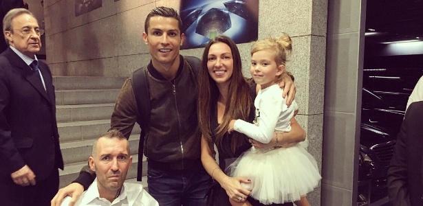 Cristiano Ronaldo encontra Fernando Ricksen e a sua família