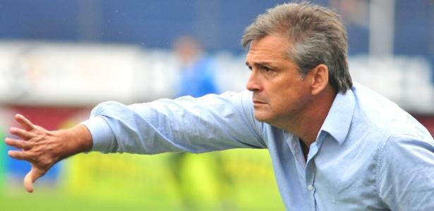 Luiz Carlos Winck é técnico do Caxias e tem passado ligado ao Internacional