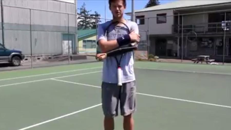 Alex Hunt, tenista neozelandês, atua com uma prótese no lugar do antebraço - Reprodução