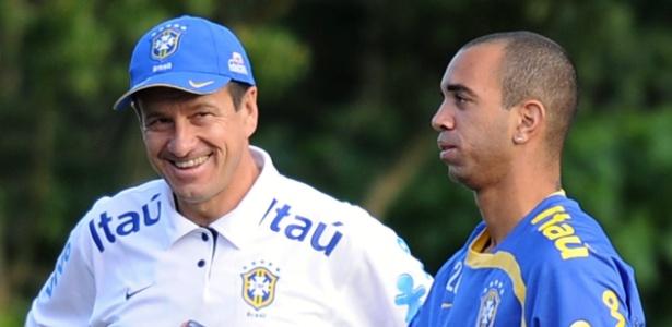 Tardelli com Dunga em 2010: novo momento sob comando de Tite