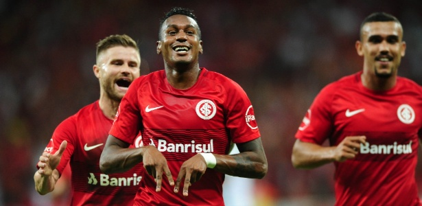 Edenílson quer Inter arriscando mais no ataque para bater adversários do Gaúcho - Ricardo Duarte/Inter