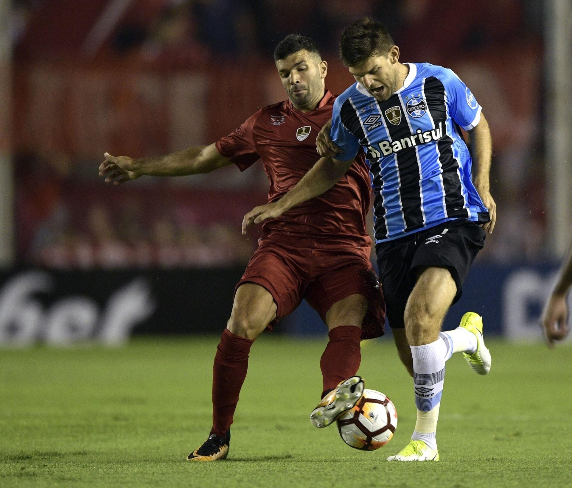 59bae1da2e Grêmio recebe multa e Renato é advertido pela Conmebol após Recopa -  23 03 2018 - UOL Esporte