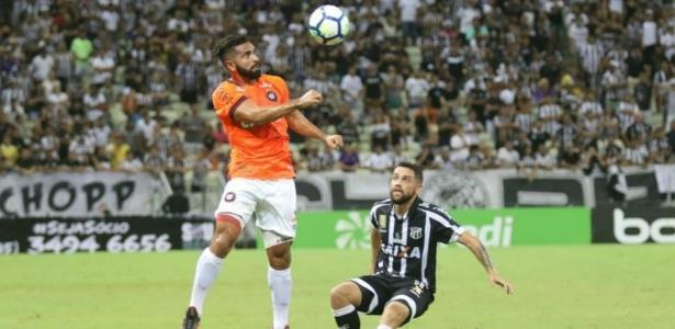 Guilherme atua pelo Atlético contra o Ceará: último jogo foi há 16 dias do próximo
