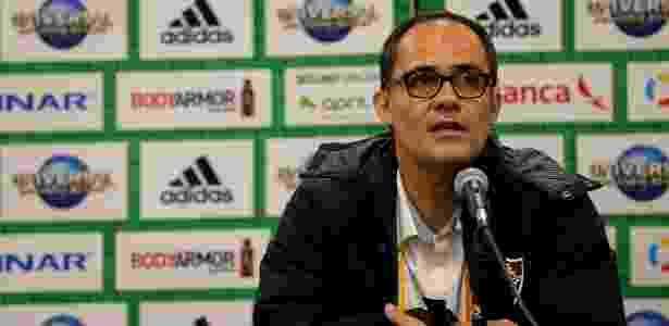 Presidente Pedro Abad tem encontrado dificuldades com as finanças do clube - Lucas Merçon/Fluminense