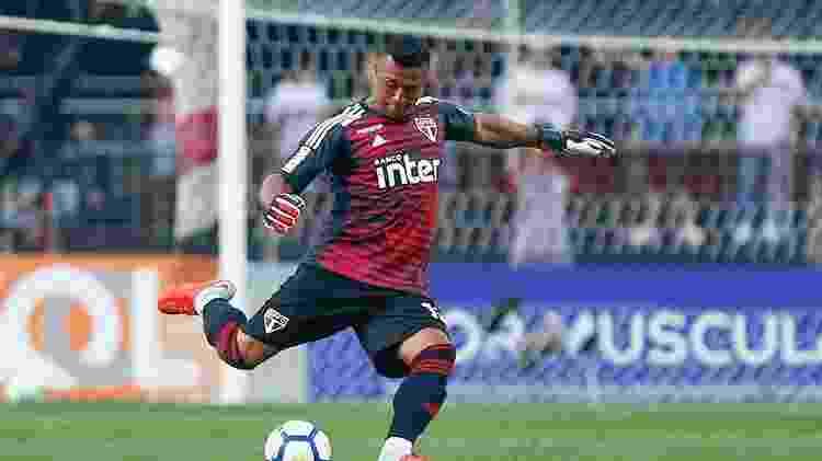 Sidão em ação pelo São Paulo contra o Fluminense - Marcello Zambrana/AGIF - Marcello Zambrana/AGIF