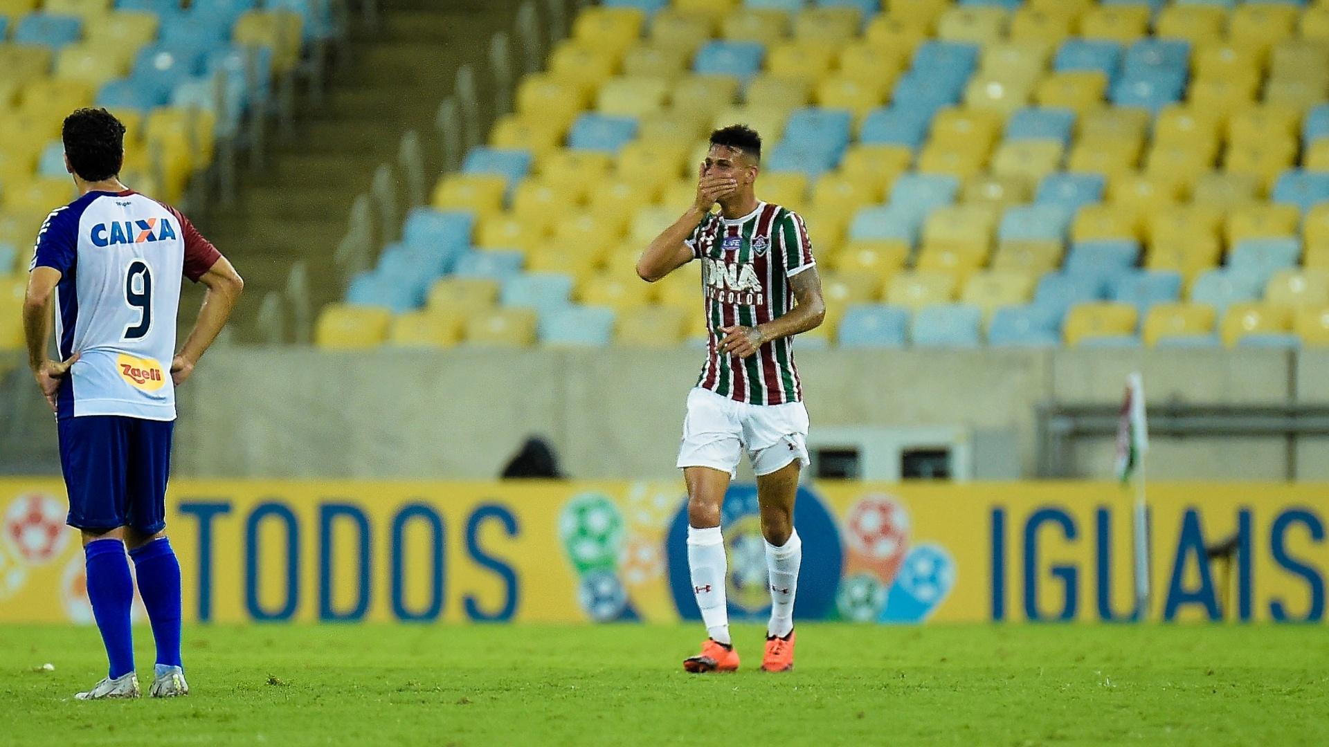 Richard comemora gol do Fluminense contra o Paraná Clube em partida do Brasileirão