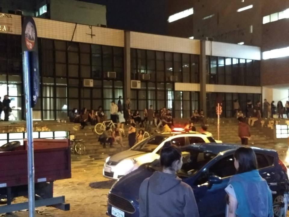 Diretório Central Estudantil da Universidade Federal do Paraná foi alvo de ataque de torcedores do Coritiba