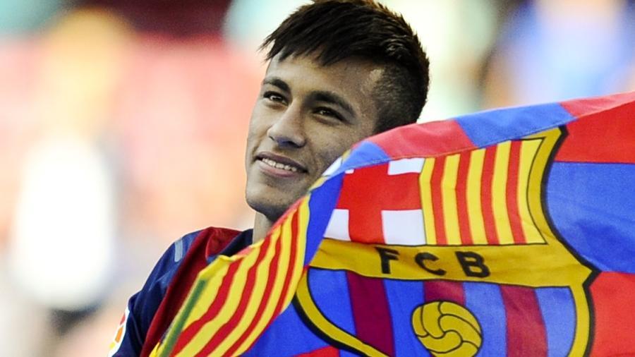 Neymar durante sua apresentação no Barcelona, em 2013 - David Ramos/Getty Images