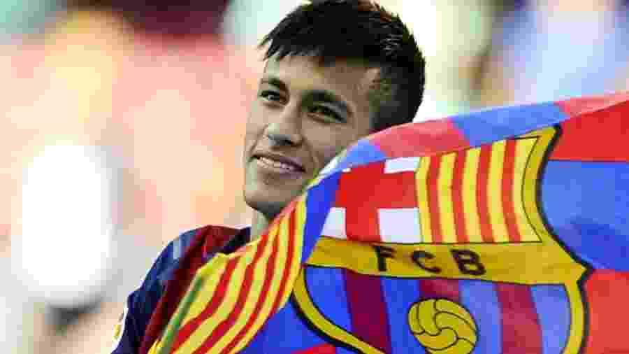 Transferência de Neymar para o Barcelona gera disputas judiciais até os dias de hoje - David Ramos/Getty Images