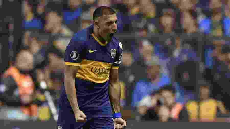 Ábila comemora gol do Boca contra o Athletico - JUAN MABROMATA / AFP