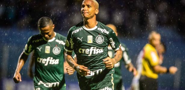 Mais Brasileirão | Com chuva e VAR, Palmeiras vence o Avaí por 2 a 1 na Ressacada