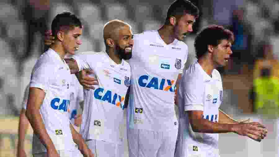 Vitor Bueno, Gabigol, Gustavo Henrique e Victor Ferraz comemoram gol do Santos - Ivan Storti/Santos FC