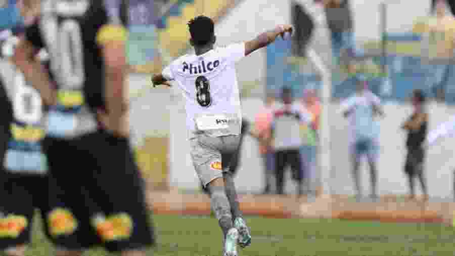 Ivonei comemora gol do Santos contra a Ponte Preta na Copinha - Divulgação/Santos