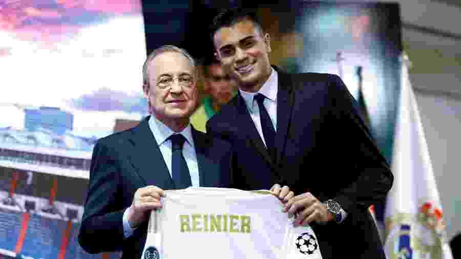 Reinier e  Florentino Perez em apresentação do brasileiro no Real Madrid - Juan Medina / Reuters