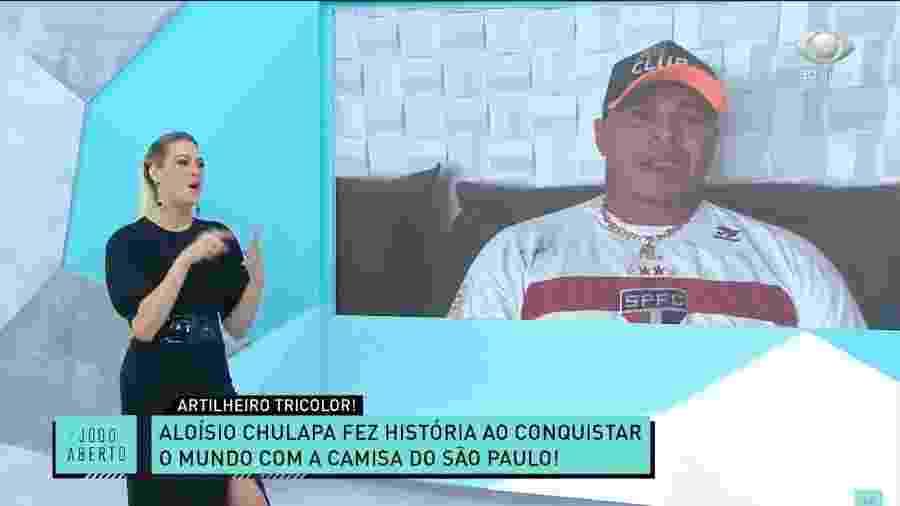 Ex-jogador Aloísio Chulapa com Renata Fan no Jogo Aberto da Band - Reprodução/Band