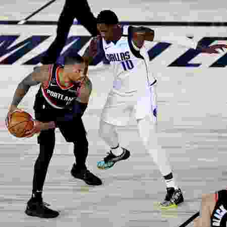 Damian Lillard, do Portland Trail Blazers, empartida contra o Dallas Mavericks - Kim Klement - Pool/Getty Images