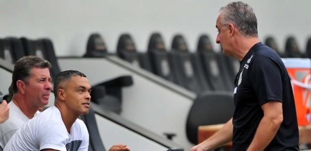 Em preparação para carreira de técnico, Dodô fez estágio com Dorival Júnior no Santos