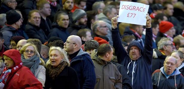 Altos preços de ingressos têm sido motivo de protestos na Inglaterra
