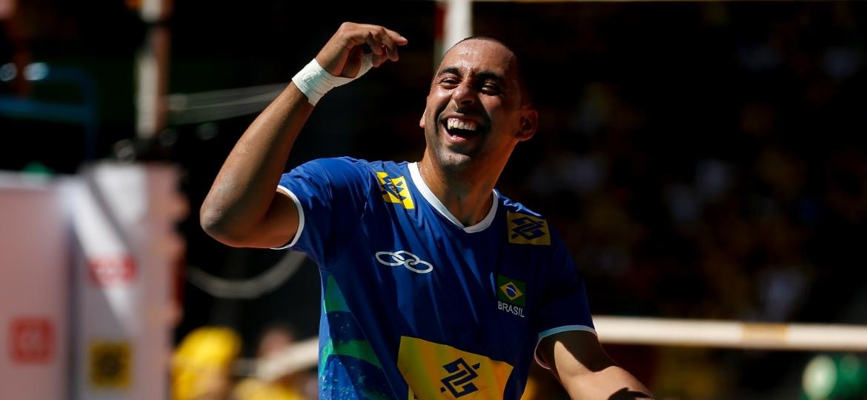 Serginho se aposentou da seleção brasileira após ouro na Rio-2016 - Pedro Ladeira/Folhapress
