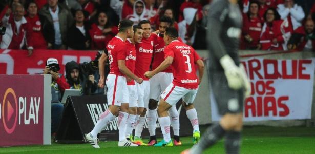 Grupo de jogadores foi levado até hotel de Porto Alegre para atividade diferente