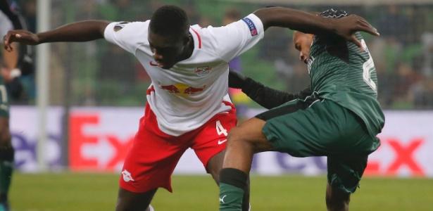 Dayot Upamecano em ação pelo Red Bull Salzburg