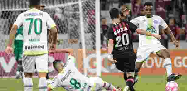 Atlético-PR e Chapecoense - Cleber Yamaguchi/AGIF - Cleber Yamaguchi/AGIF