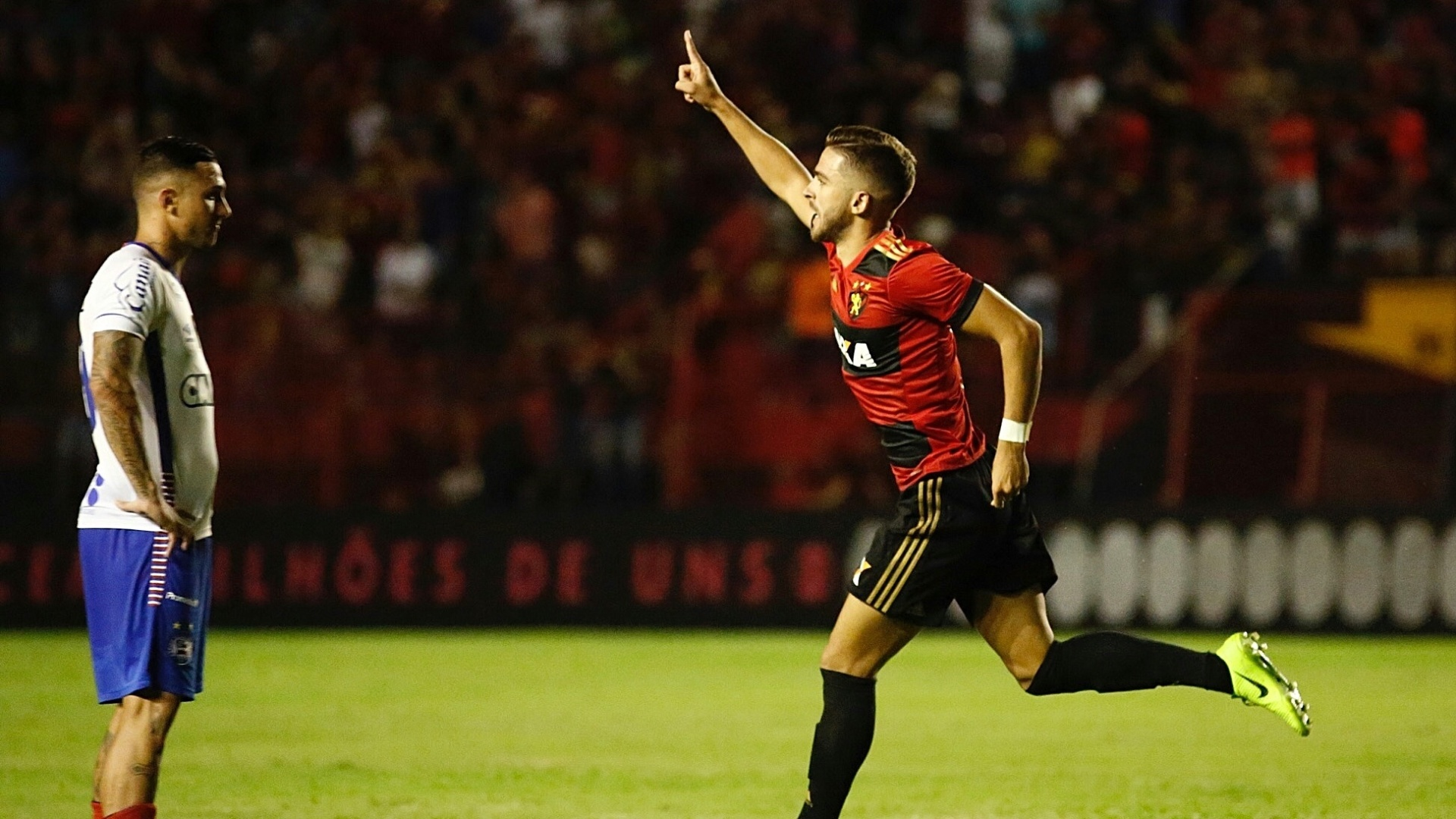 Claudio Winck comemora gol do Sport contra o Bahia pelo Campeonato Brasileiro