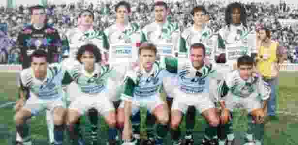 John Tréllez (ultimo à direita em pé) pelo Juventude em 1996 - Divulgação - Divulgação