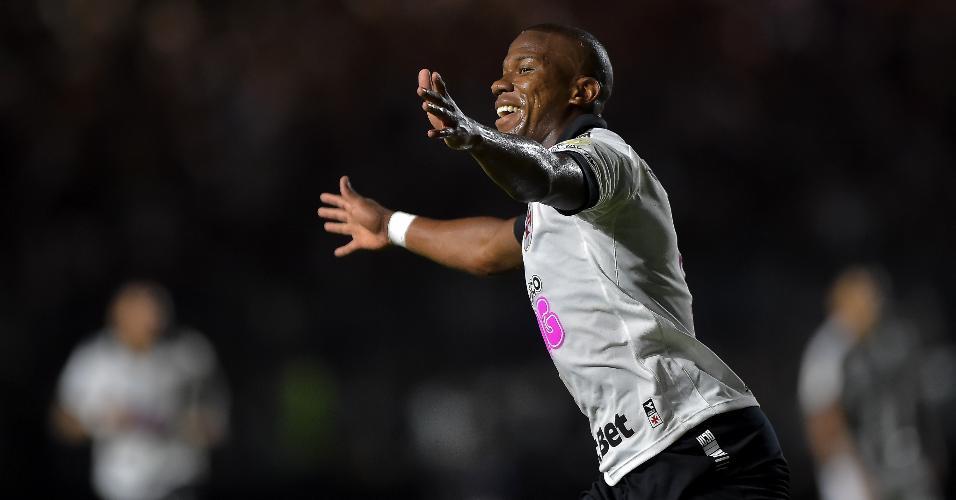 Ribamar comemora gol do Vasco contra o Botafogo