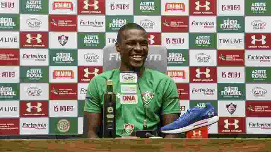 Frazan comemorou primeiro gol como profissional apesar de derrota para o Athletico - Lucas Merçon/Fluminense FC