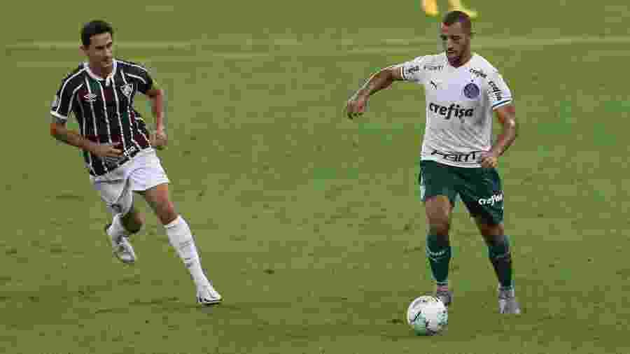 Vitor Hugo em ação pelo Palmeiras contra o Fluminense, pelo Brasileirão deste ano - Cesar Greco/Palmeiras