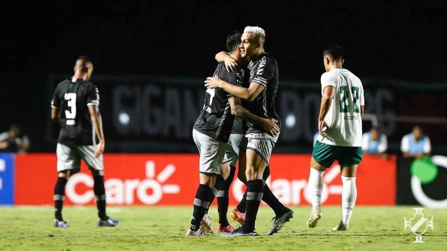 Leo Jabá e German Cano, atacantes do Vasco, celebram gol sobre o Boavista, pela Copa do Brasil - Rafael Ribeiro / Vasco
