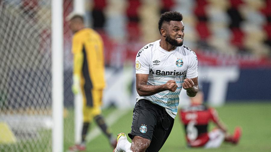 Borja, atacante do Grêmio, comemora gol marcado contra o Flamengo - Jorge Rodrigues/AGIF