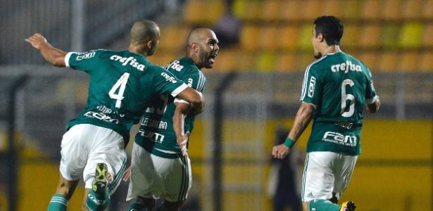 Palmeiras atuará com novo esquema tático contra o Rosario Central