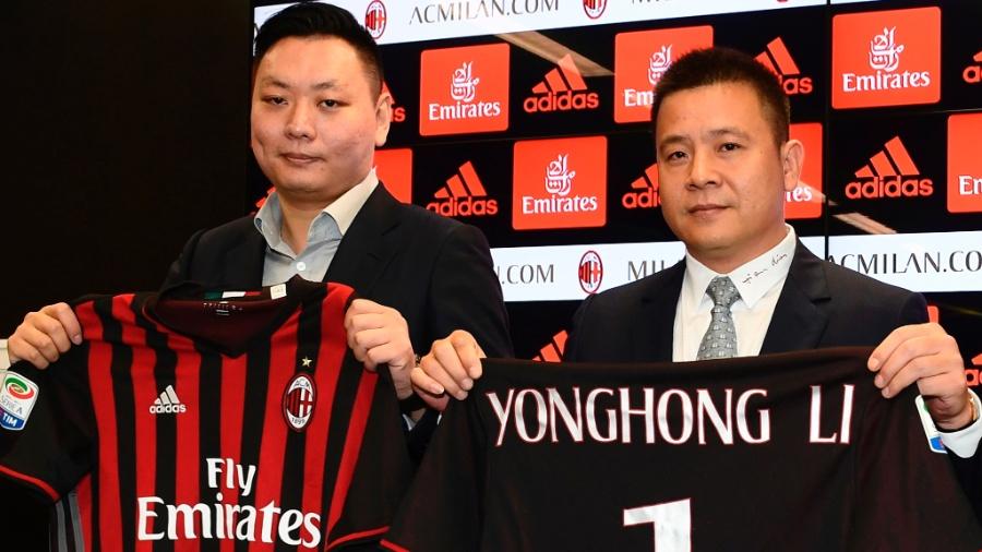 Yonghong Li, dono do Milan, à direita - Miguel Medina/AFP